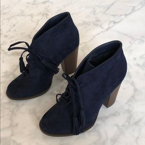 NWT: Faux Suede Navy Booties With Tassels